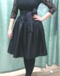 Платье из эластичного гипюра и тафты. подклад из муслина. Комфорт на первом месте!
